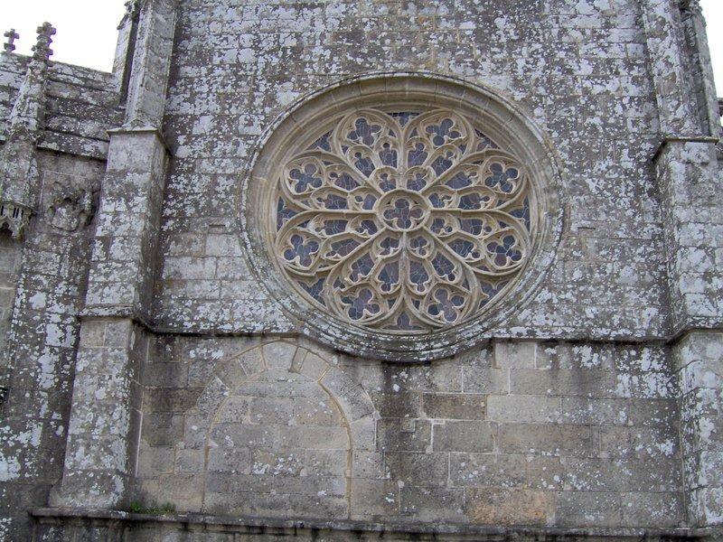 rosace église Kernascléden