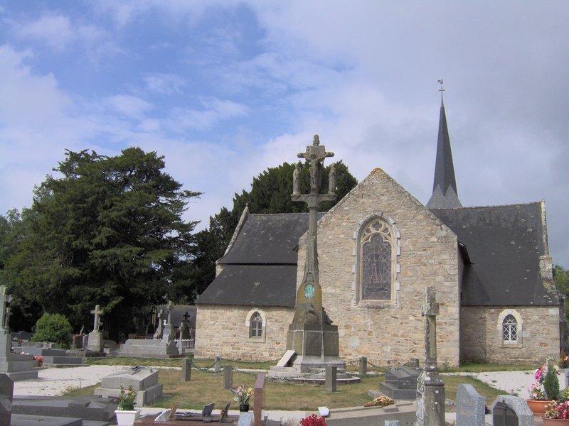 Vue extérieure chapelle Lesbin