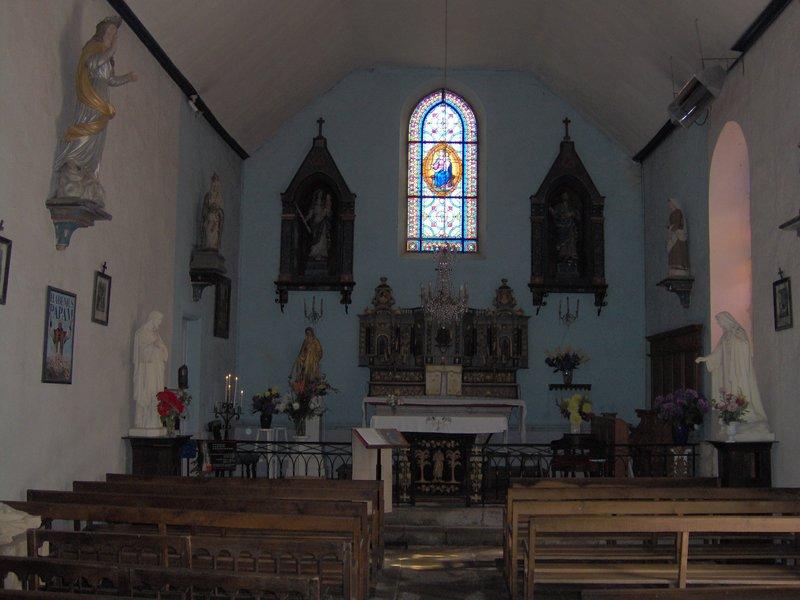 Vue intérieure chapelle Lesbin