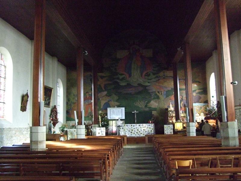 Vue intérieure église Étel