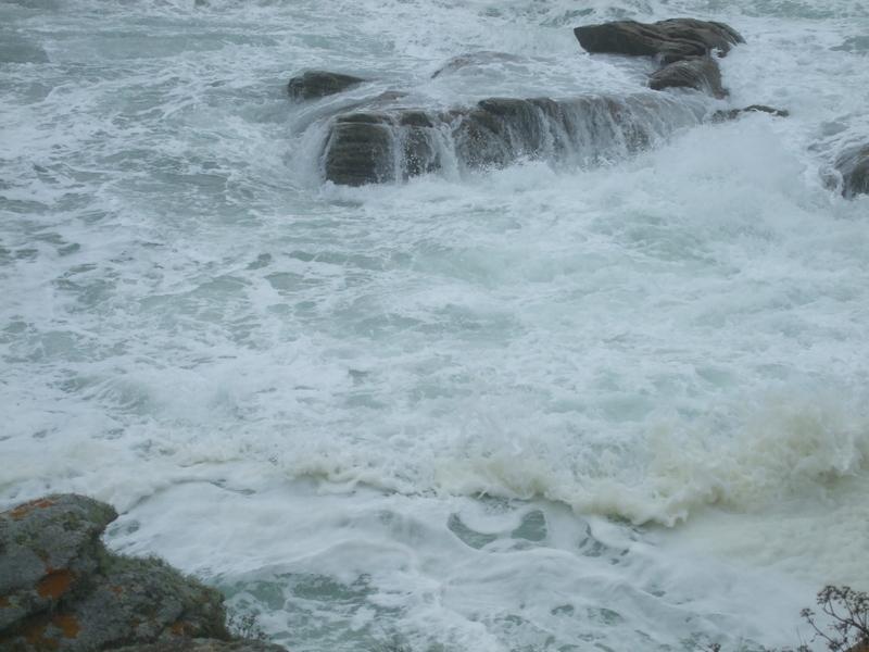 Tempête Kerroch2010: zoom sur l'écume des vagues…