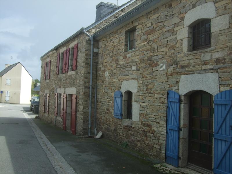 Maison en pierres bourg de Calan