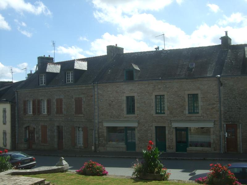 Rue avec maisons en pierres (Le Faouët)