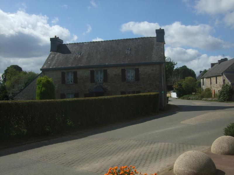 Bourg de Locunolé (Finistère)