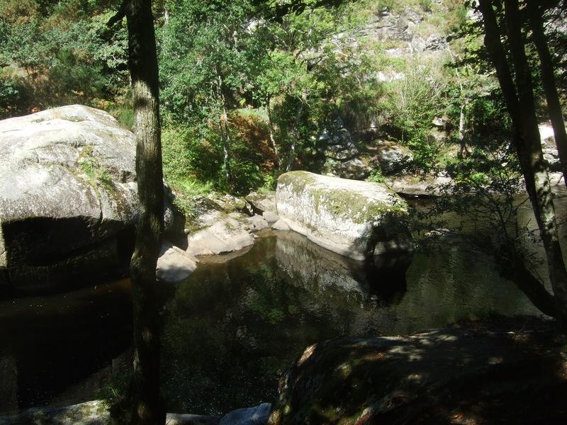 Roches du diable (Finistère)