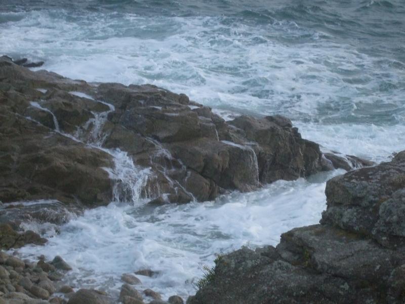 Vagues et rochers Sainte-Marine