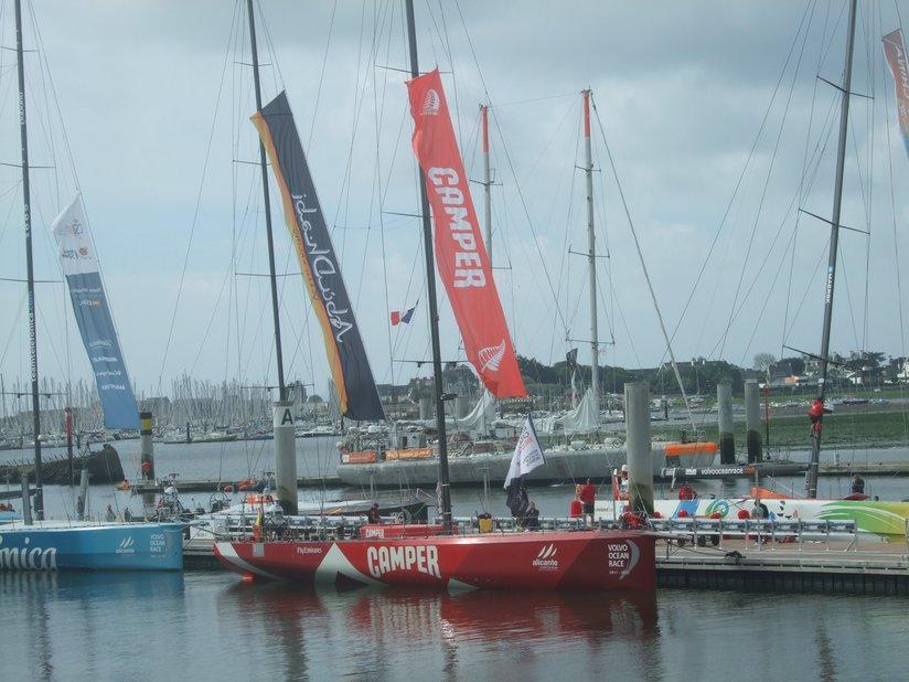 Volvo Race (VOR) 2012: le Camper à quai à Lorient