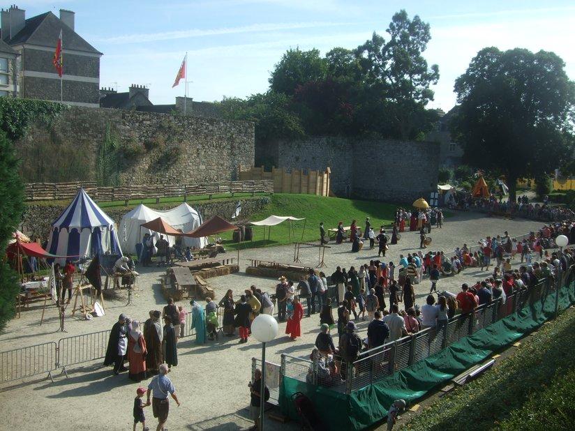 Campement fête médiévale de Dinan