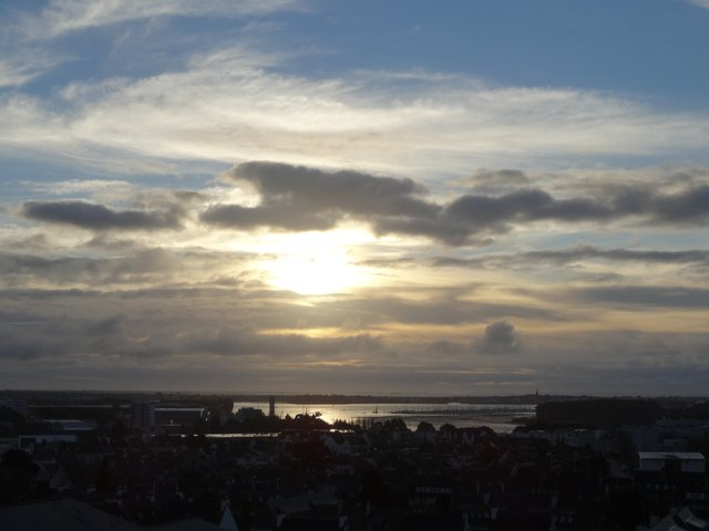 Soleil et nuages en Pays de Lorient