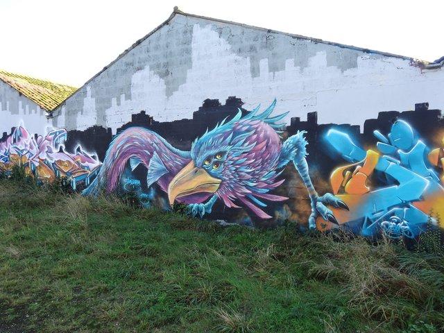 Street Art port de Lorient (graffitis) : aigle ou chimère ?